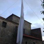 """Foto 009. 28/05/2016. Iglesia de Torregamones. """"Pendón de San Ildefonso""""."""