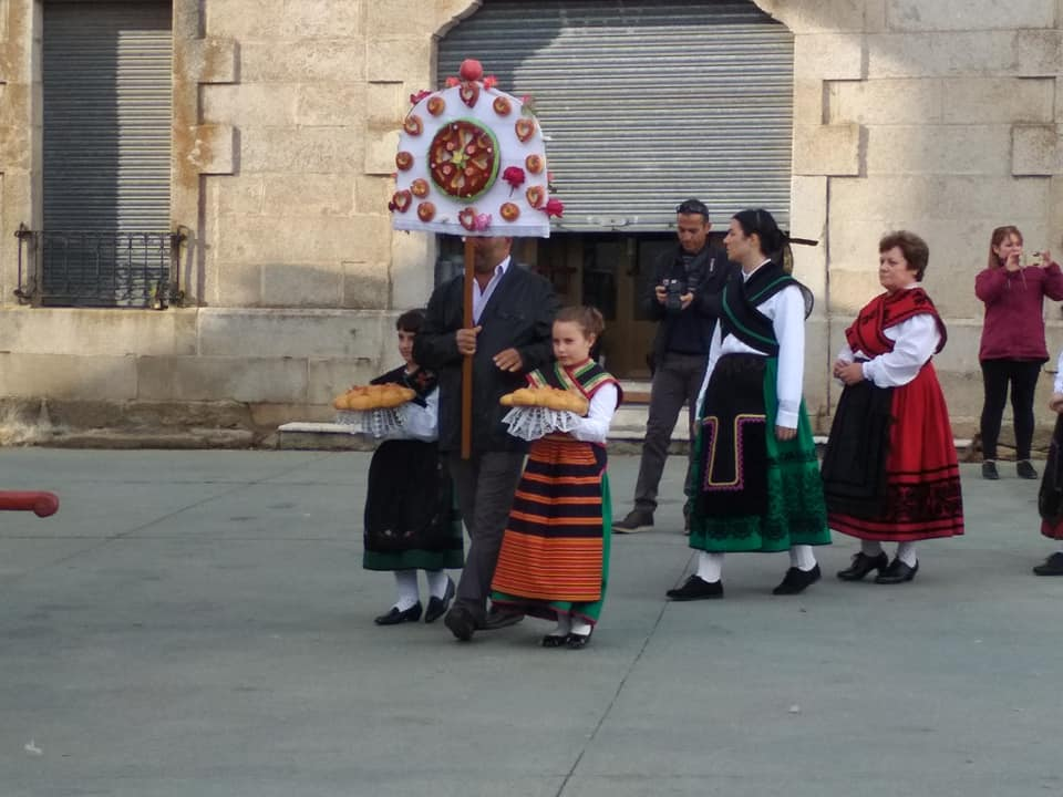 Procesión y Baile del Ramo - foto 05, Torregamones 21/10/2109 (Autor: Manuel Ferrero Mayo)