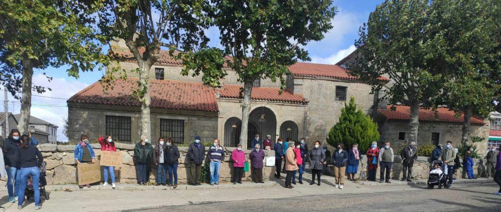 Foto 4: 03/10/2020. Manifestación por una Sanidad Digna para Torregamones